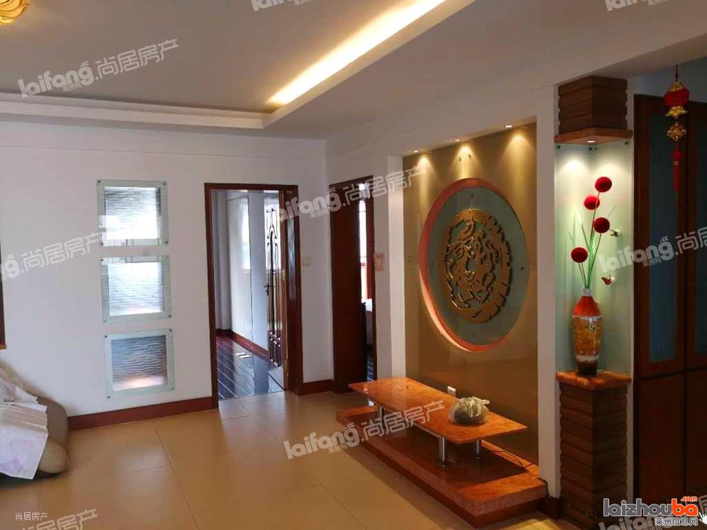 汇泉A区,黄金楼层,3室2厅,豪华装修,142加29车库,95万